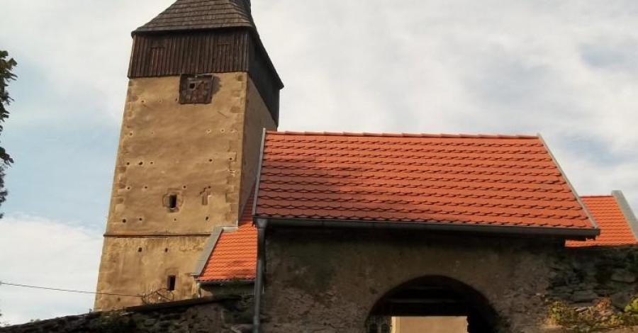 Kościół Św. Jadwigi w Chrośnicy - zdjęcie