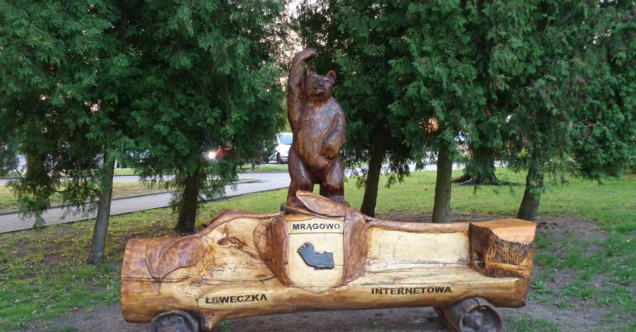 Ławeczka internetowa w Mrągowie - zdjęcie