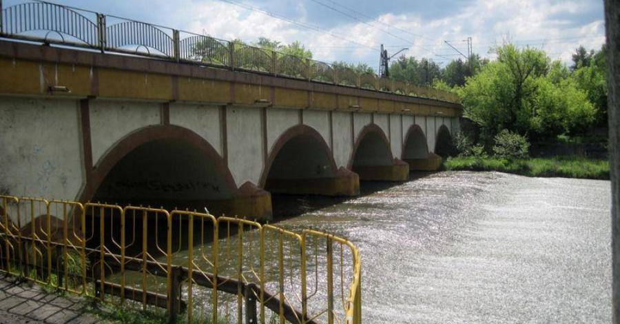 Most kolejowy w Sosnowcu Maczkach - zdjęcie