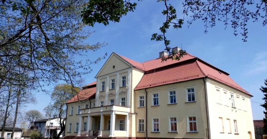 Pałac w Kochanowicach - zdjęcie