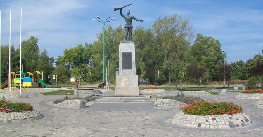 Pomnik Powstańca Śląskiego w Świętochłowicach - zdjęcie