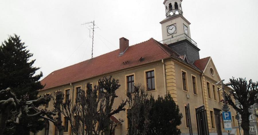 Ratusz w Trzebiatowie - zdjęcie