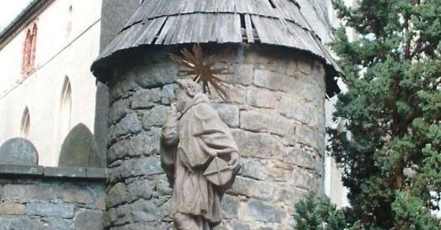 Pomnik Św. Nepomucena na Szczytniku - zdjęcie