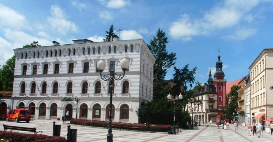 Zabytkowy budynek sanatoryjny - zdjęcie