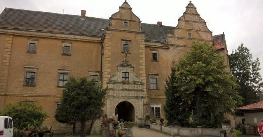 Zamek w Płakowicach jakiego nie znacie - zdjęcie