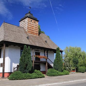 Drewniany Ratusz w Sulmierzycach