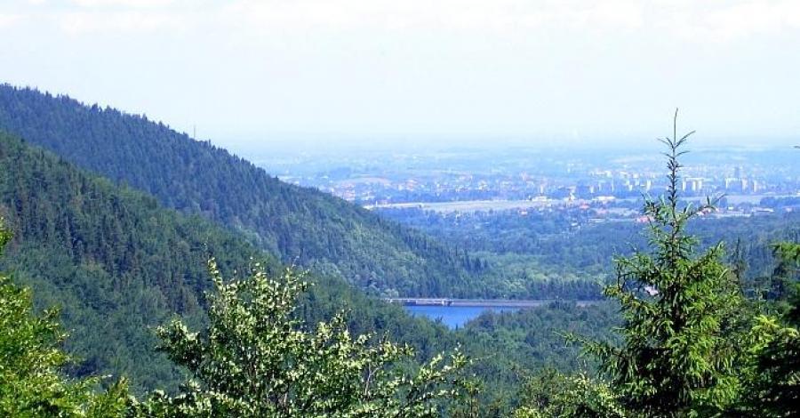 Dolina Wapienicy w Beskidzie Śląskim - zdjęcie