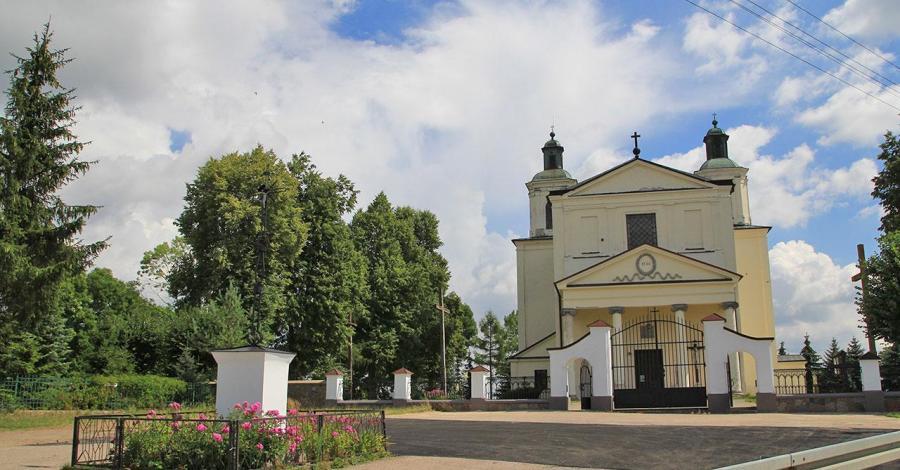Kościół w Skrzeszewie - zdjęcie