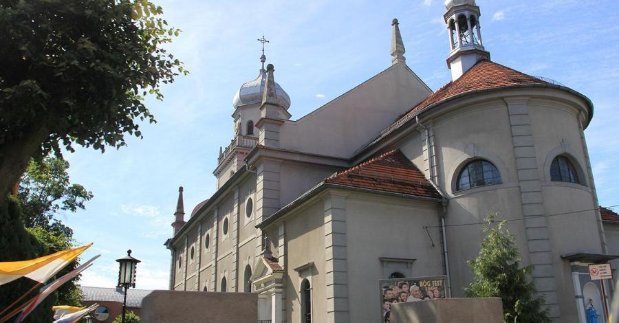Kościół w Sulmierzycach - zdjęcie