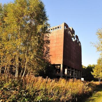 Ruiny Fabryki w Policach