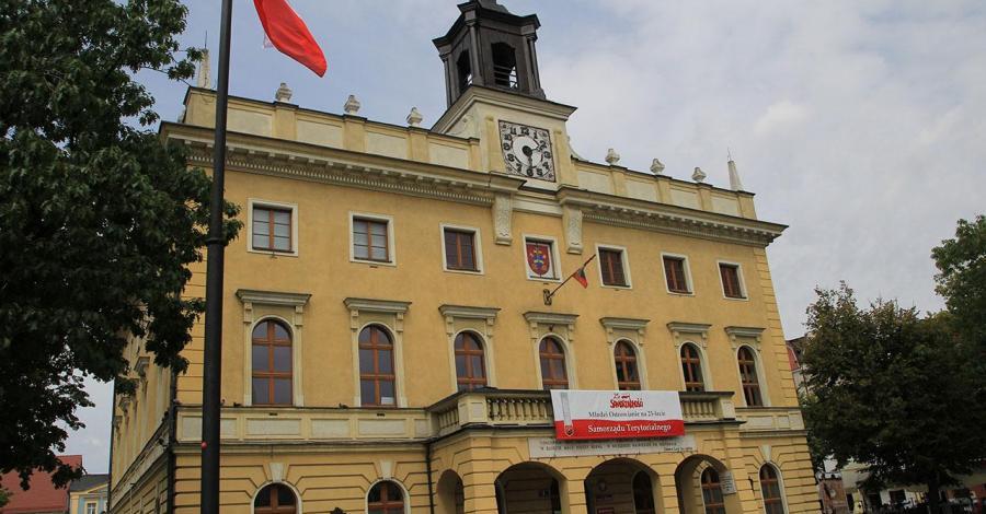 Ratusz w Ostrowie Wielkopolskim - zdjęcie