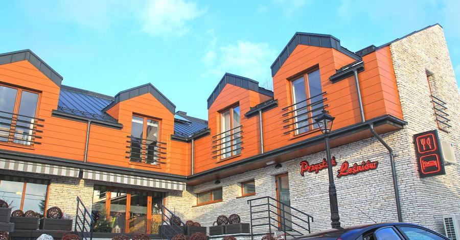 Restauracja Przystań Leśniów w Żarkach - zdjęcie