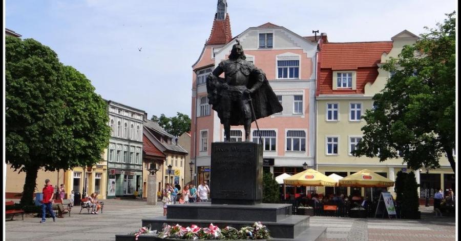 Pomnik założyciela Wejherowa - zdjęcie