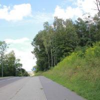 ścieżka rowerowa i parking