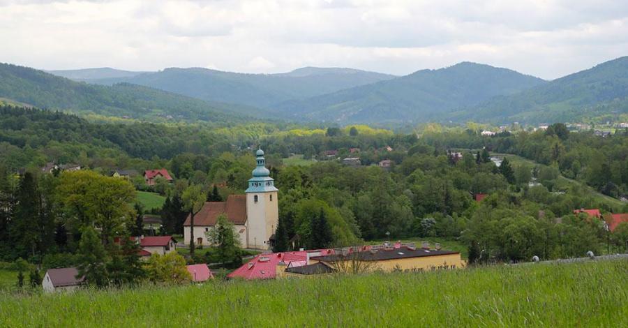 Kościół Wszystkich Świętych w Górkach Wielkich - zdjęcie
