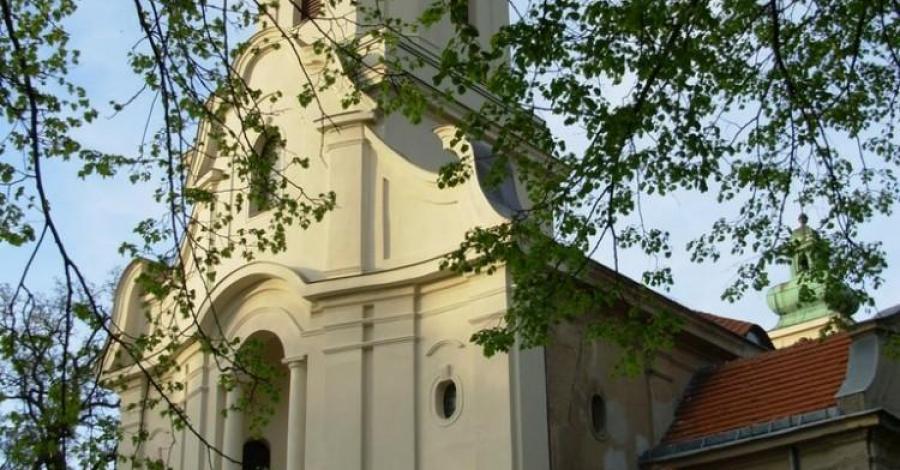 Sanktuarium MB Pocieszenia w Dąbrówce Kościelnej - zdjęcie