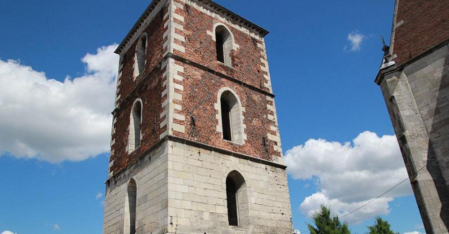 Dzwonnica w Wiślicy - zdjęcie
