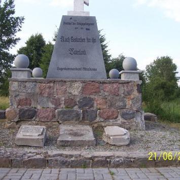 Cmentarz jeniecki w Strzałkowie