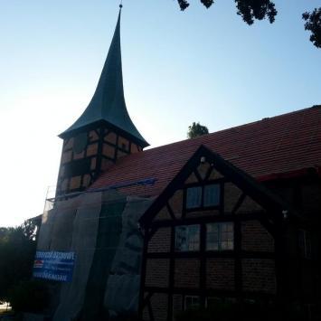 Kościół Najświętszego Serca Pana Jezusa w Stegnie - zdjęcie