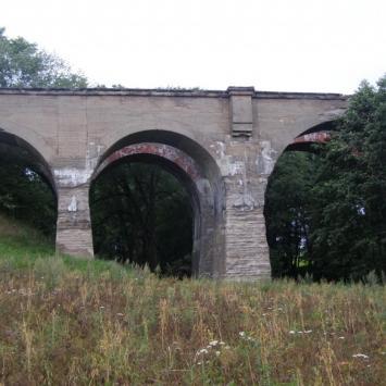 Wiadukt i mosty w Kiepojciach
