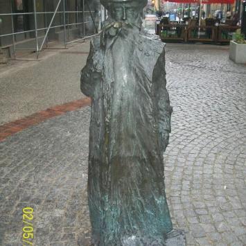 Pomnik Świetlika w Bytomiu