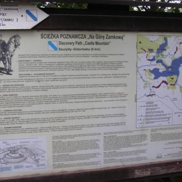 Ścieżka Na Górę Zamkową w Szurpiłach