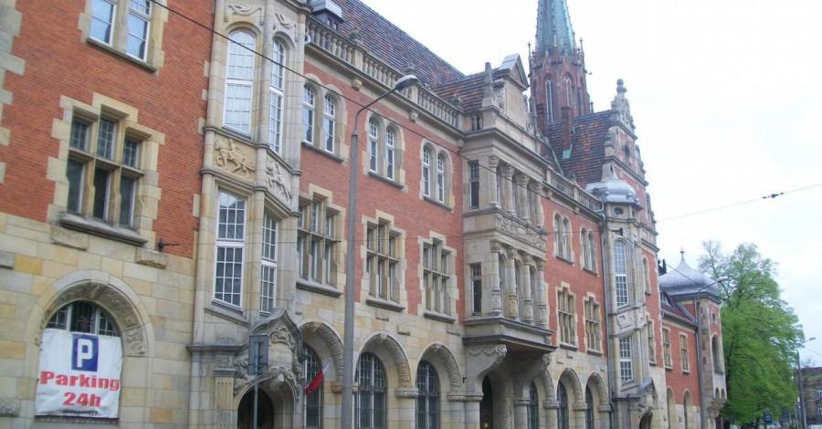 Budynek Poczty w Bytomiu - zdjęcie