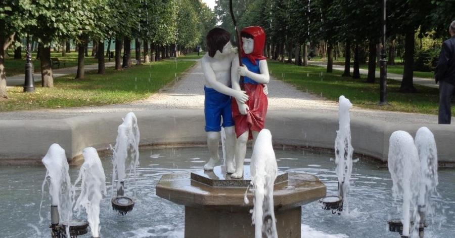 Fontanna Jaś i Małgosia w Ciechocinku - zdjęcie