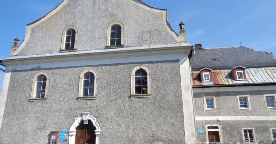 Kościół Św. Jana Chrzciciela w Bukowcu - zdjęcie