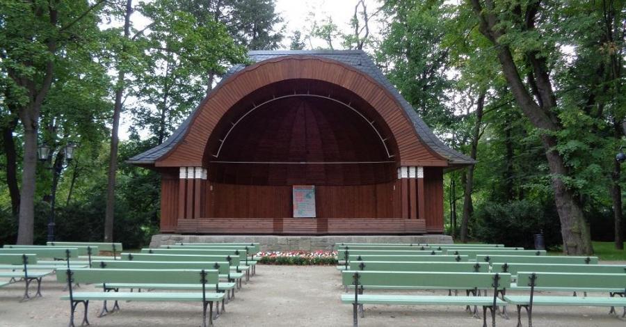 Muszla koncertowa w Cieplicach Zdroju - zdjęcie
