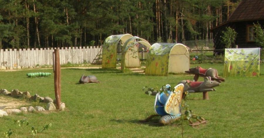 Wioska Darów Lasu w Kopcu - zdjęcie