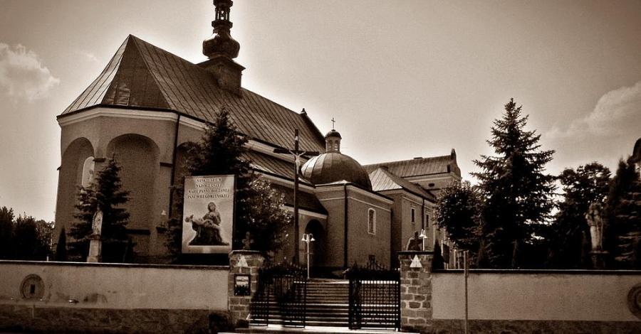 Klasztor Paulinów w Wielgomłynach - zdjęcie