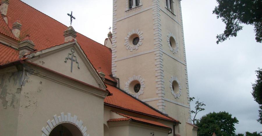 Kościół w Janowcu - zdjęcie