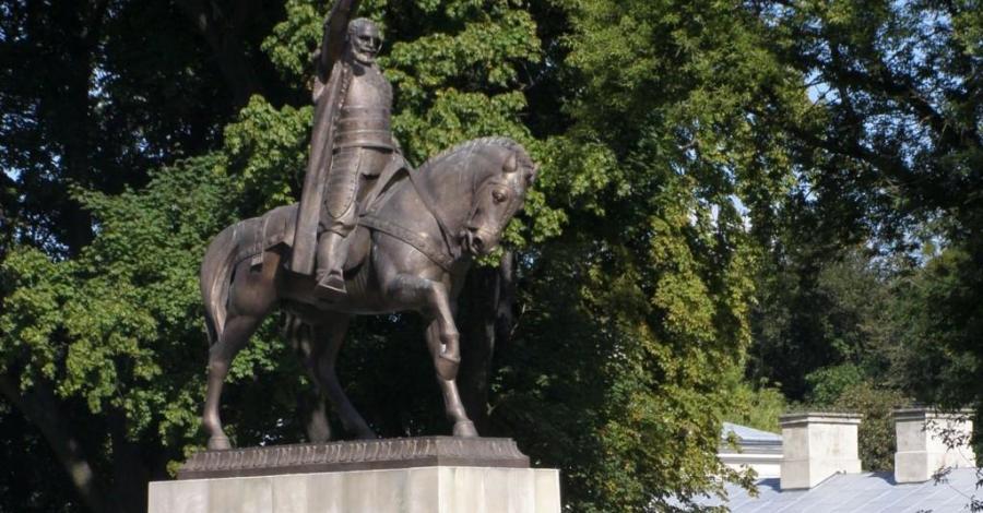 Pomnik Jana Zamoyskiego w Zamościu - zdjęcie