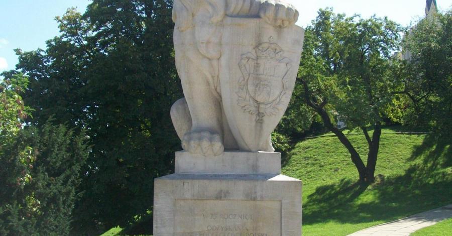 Pomnik lwa w Lublinie - zdjęcie