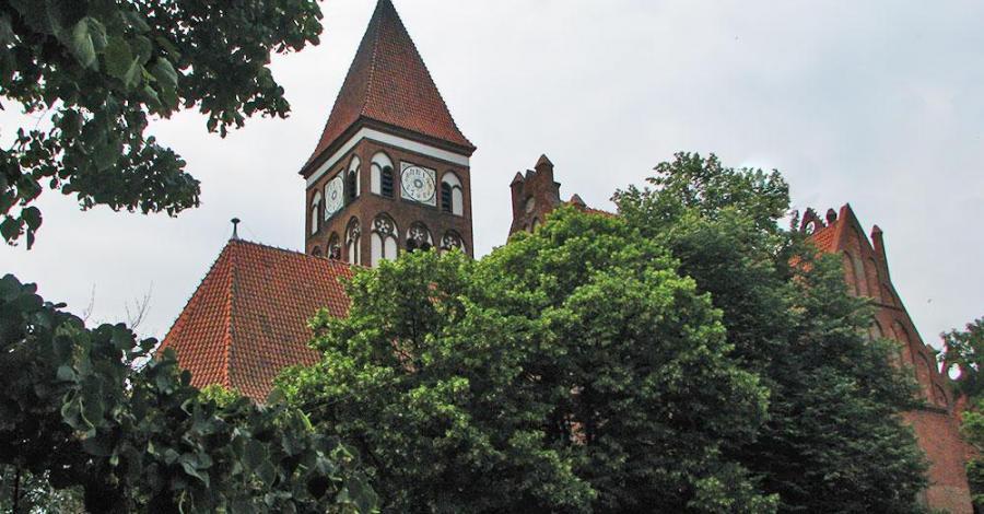 Kościół poklasztorny w Nowem - zdjęcie