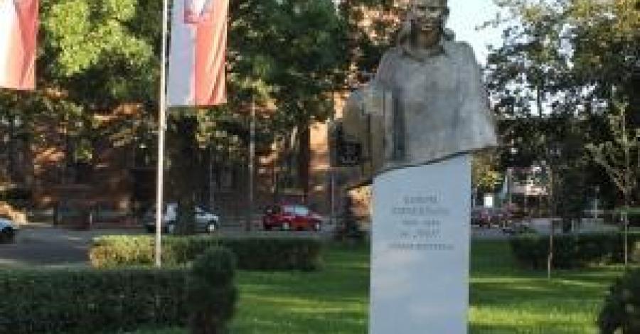 Pomnik Inki w Gdańsku - zdjęcie