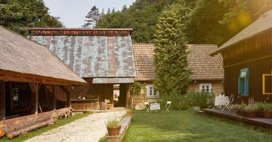 Boroniówka - stara osada młynarska w Ojcowskim Parku Narodowym - zdjęcie