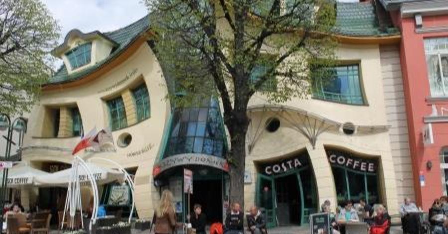 Krzywy Domek w Sopocie - zdjęcie