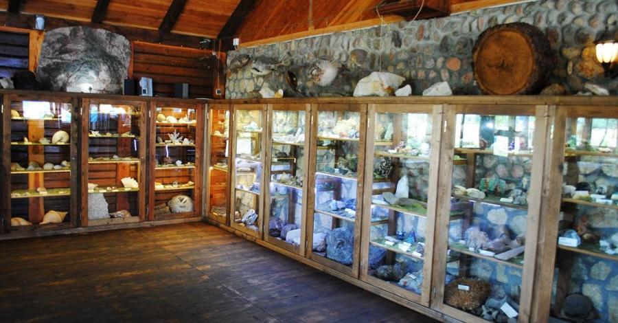 Muzeum Skarbów Ziemi i Morza w Szczebrzeszynie - zdjęcie
