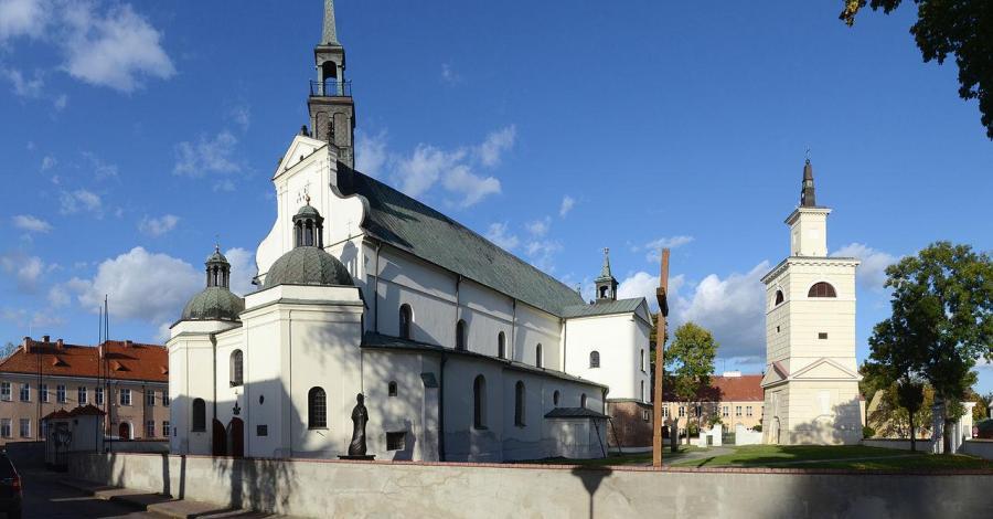 Bazylika w Pułtusku - zdjęcie