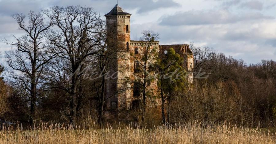 Zamek w Urazie, Michał Świderski