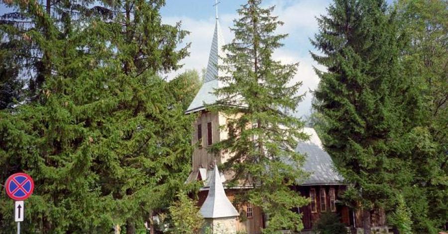 Kościół w Komańczy - zdjęcie