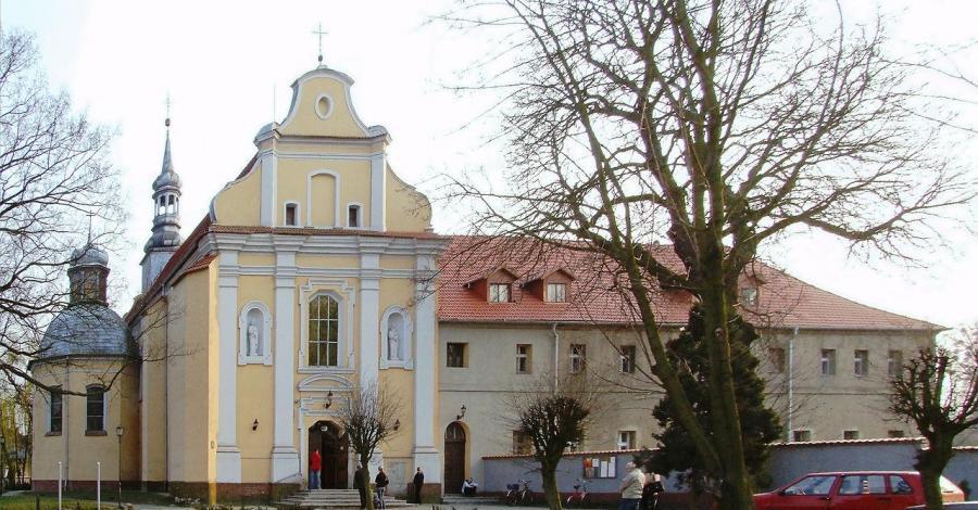 Kościół Św. Krzyża w Szamotułach - zdjęcie