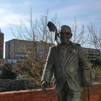 Pomnik Karola Musioła w Opolu