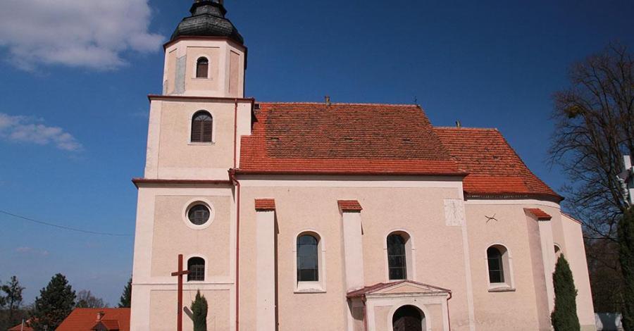 Kościół Św. Wawrzyńca w Dąbrowie - zdjęcie