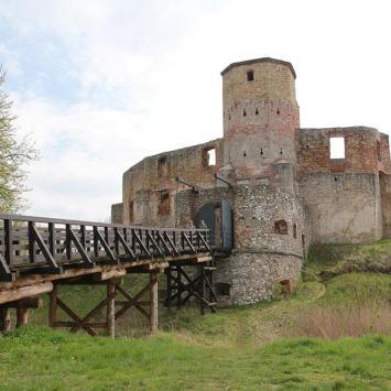 Zamek w Siewierzu - zdjęcie