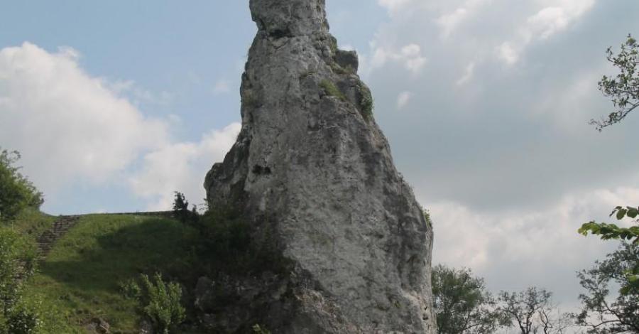 Skała miłości i Sanktuarium we Mstowie - zdjęcie