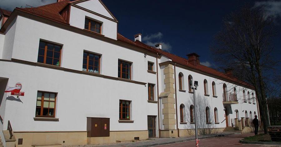 Koziegłowy Pałac Biskupi, Anna Piernikarczyk