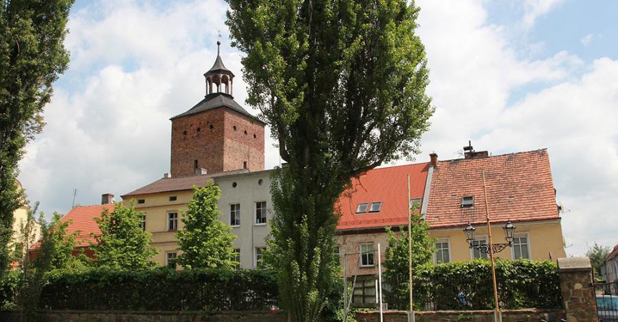 Baszta więzienna w Głogówku - zdjęcie
